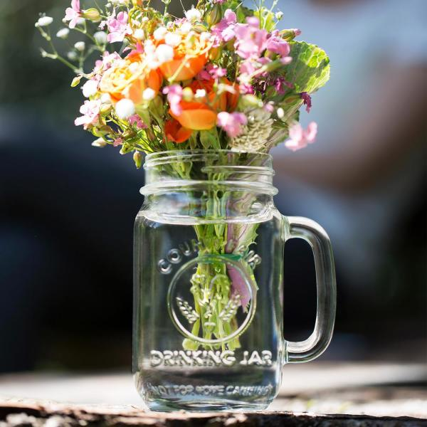 Cùng chúng mình ngắm những bình hoa xinh xắn nhé!