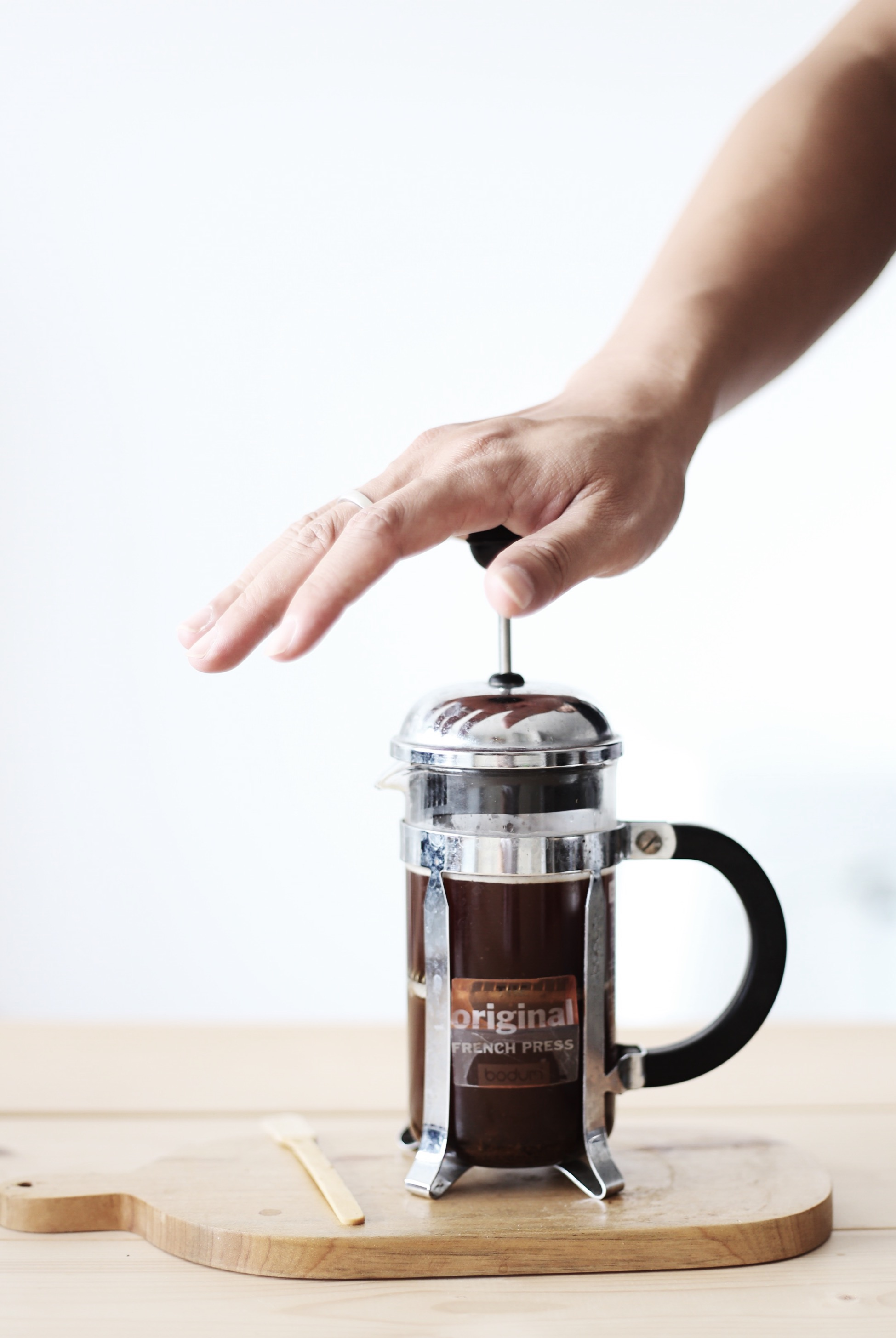CÙNG TRẢI NGHIỆM CAFE THEO CÁCH PHA VỚI BÌNH FRENCH PRESS KIỂU PHÁP